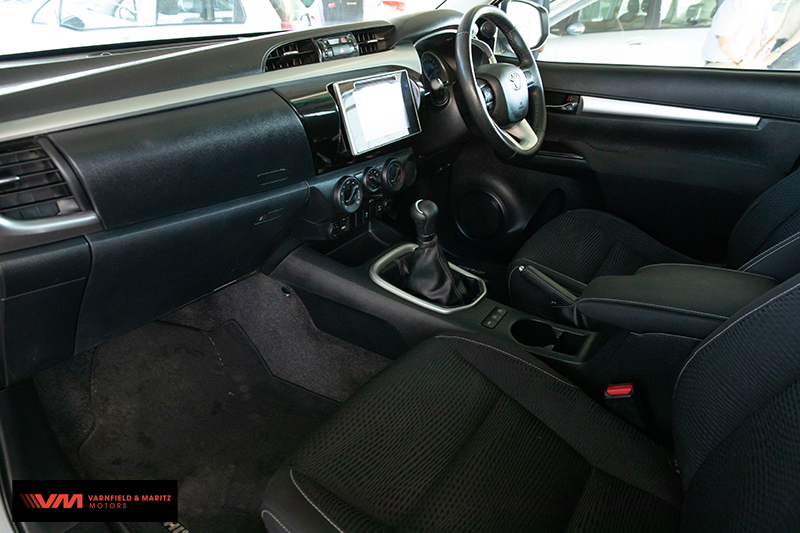 Toyota HILUX 2.8 GD-6 RB XTRA CAB